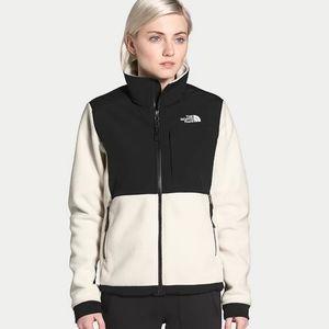 Sale: North Face Jacket - Size XL